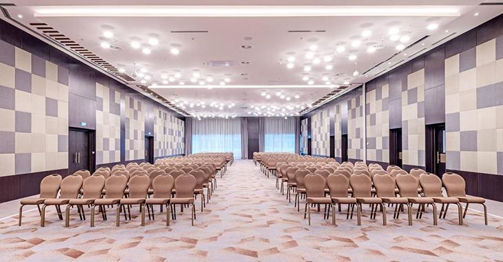 Управление освещением конференц-зала